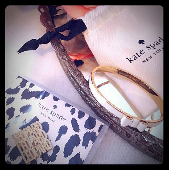 "kate spade Jewelry - Kate ♠ Bangle ""Take a Bow"" Gold & White NWOT"
